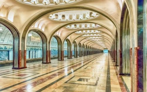 depositphotos_125666970-stock-photo-mayakovskaya-subway-station-in-moscow.jpg