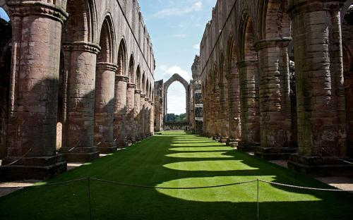 fountains-abbey-.jpg